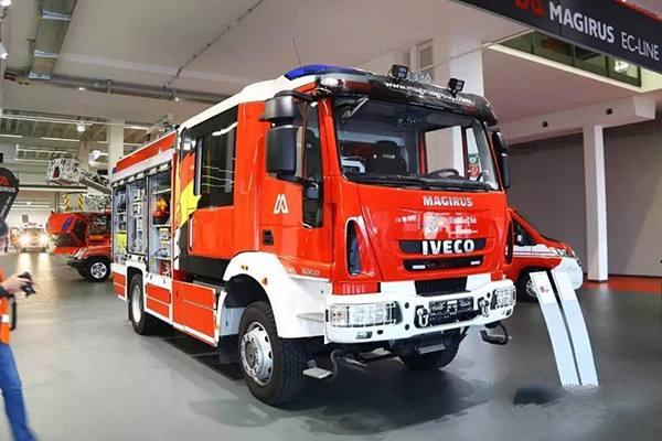 依维柯抢险救援消防车